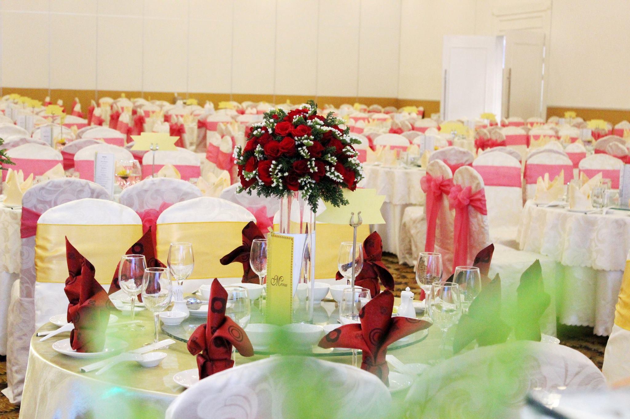 Queen Plaza Wedding & Event