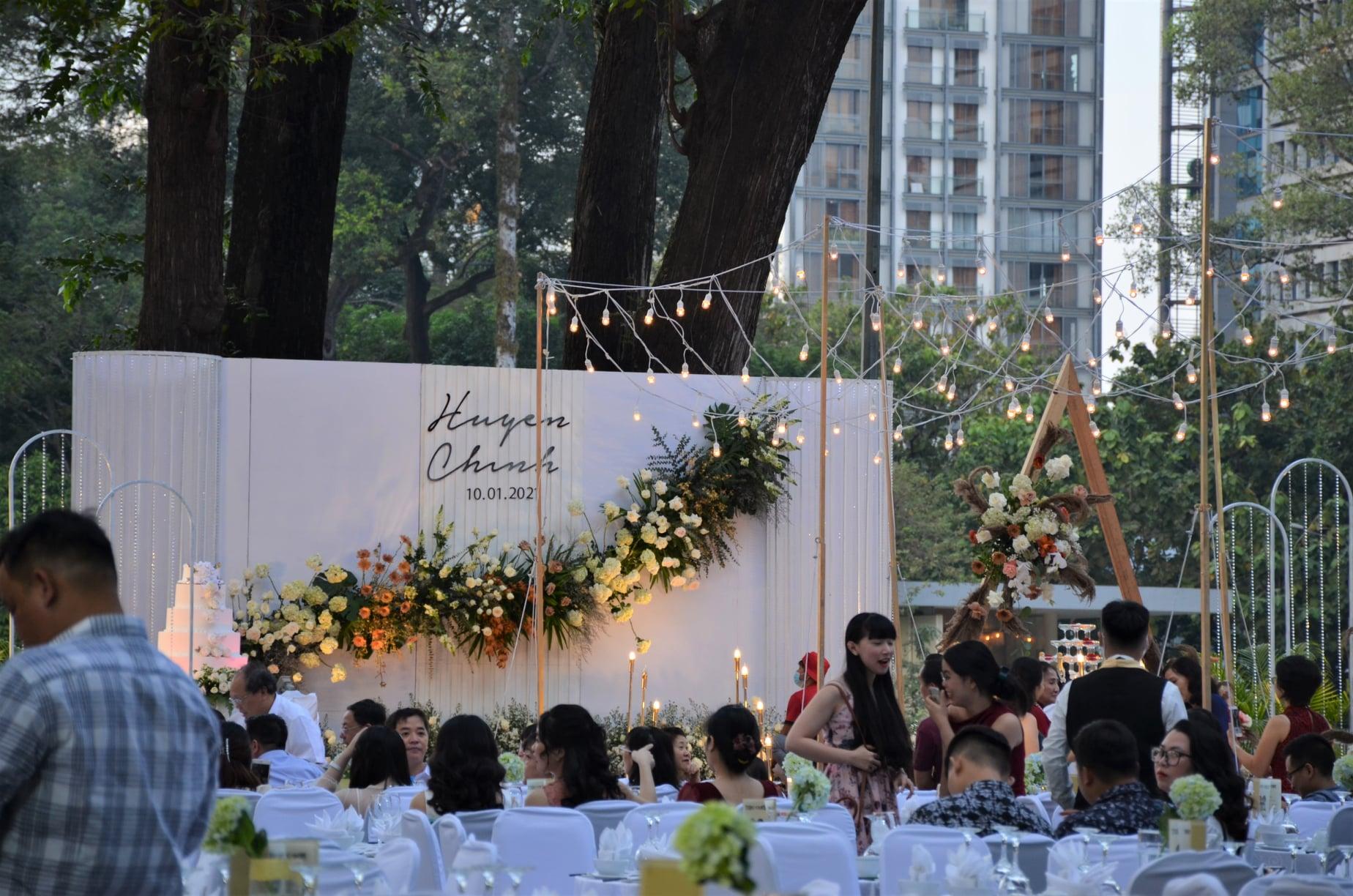 tiệc cưới tại khu vực nhà khách chính phủ 108 nguyễn du