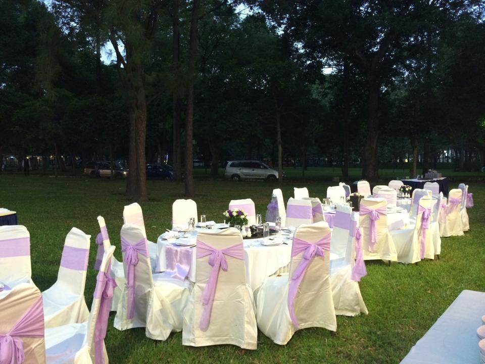 tổ chức tiệc cưới ở nhà hàng tiệc cưới dinh thống nhất tphcm