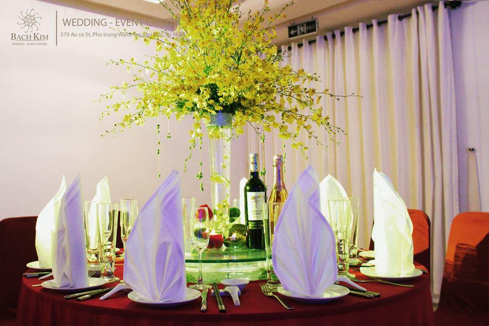 tổ chức tiệc cưới tại nhà hàng bạch kim tân phú