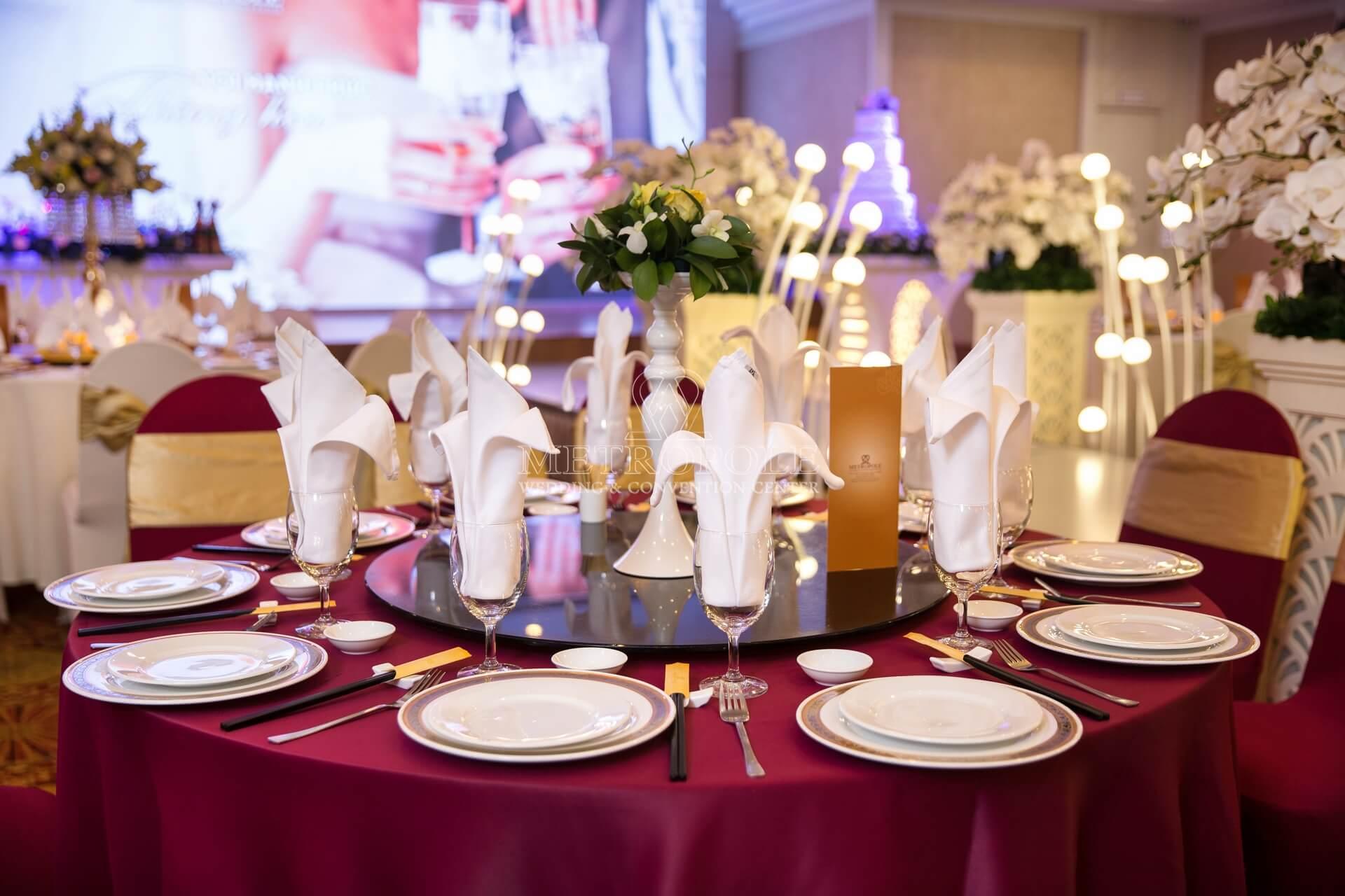 tiệc cưới nhà hàng Metropole quận 3