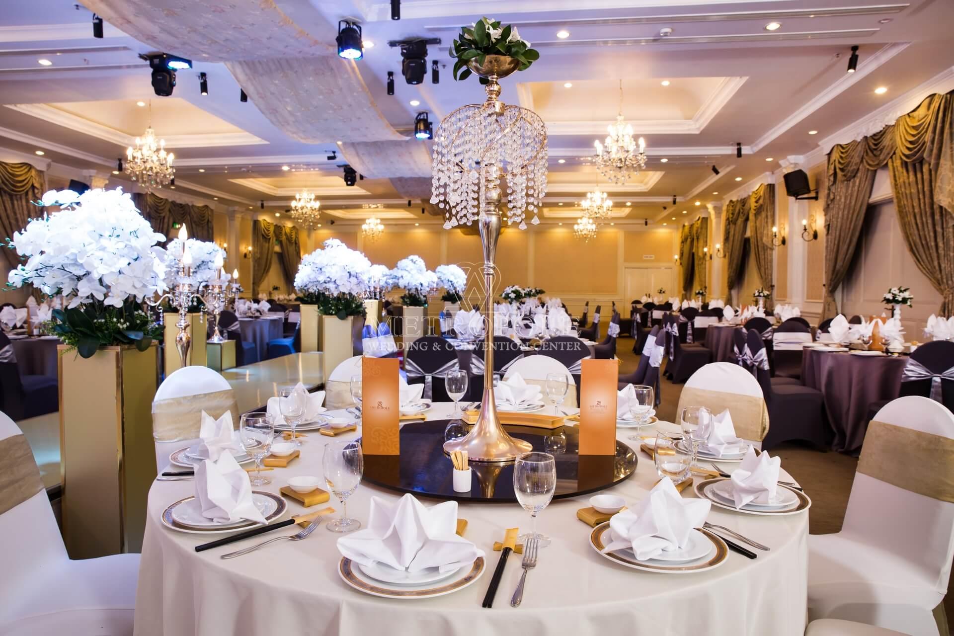 tổ chức tiệc cưới nhà hàng Metropole Lý Chính Thắng quận 3