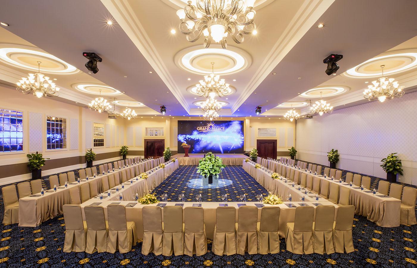 Sảnh tiệc nhà hàng tiệc cưới Grand Palace Cộng Hoà