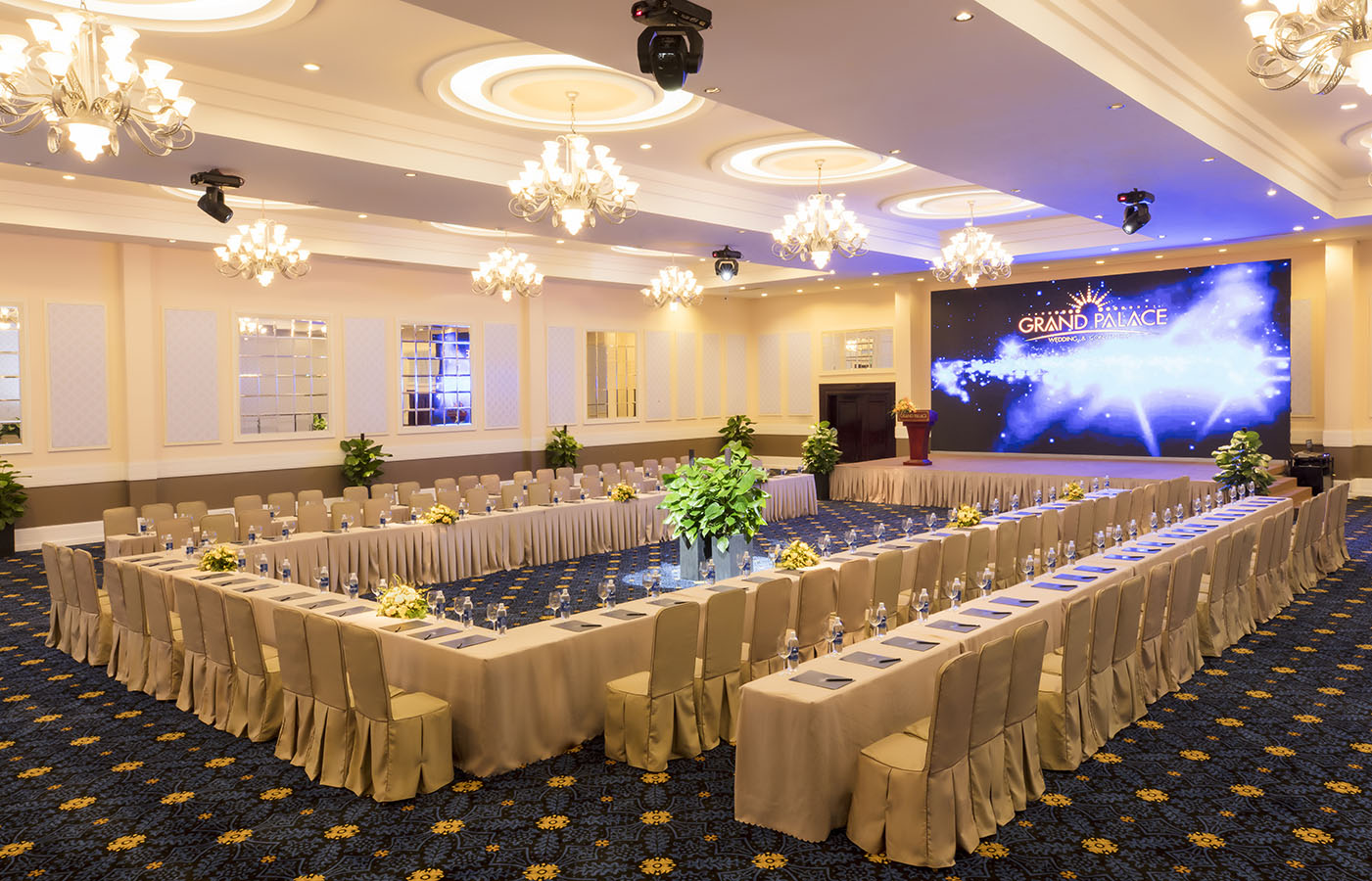 Sảnh tiệc cưới nhà hàng Grand Palace