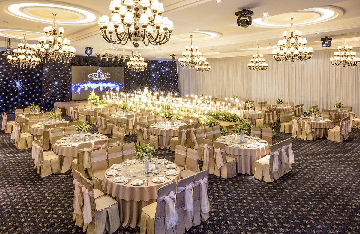 tiệc cưới ở grand palace