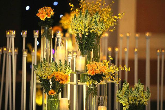 Trang trí tiệc cưới đẹp Dìn Ký Center