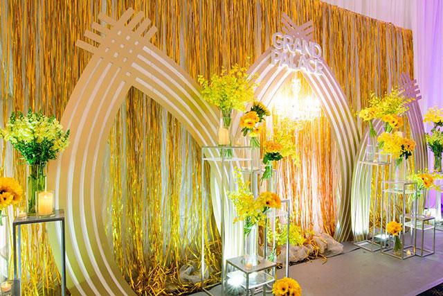 Trọn Trang trí tiệc cưới đẹp Dìn Ký Center