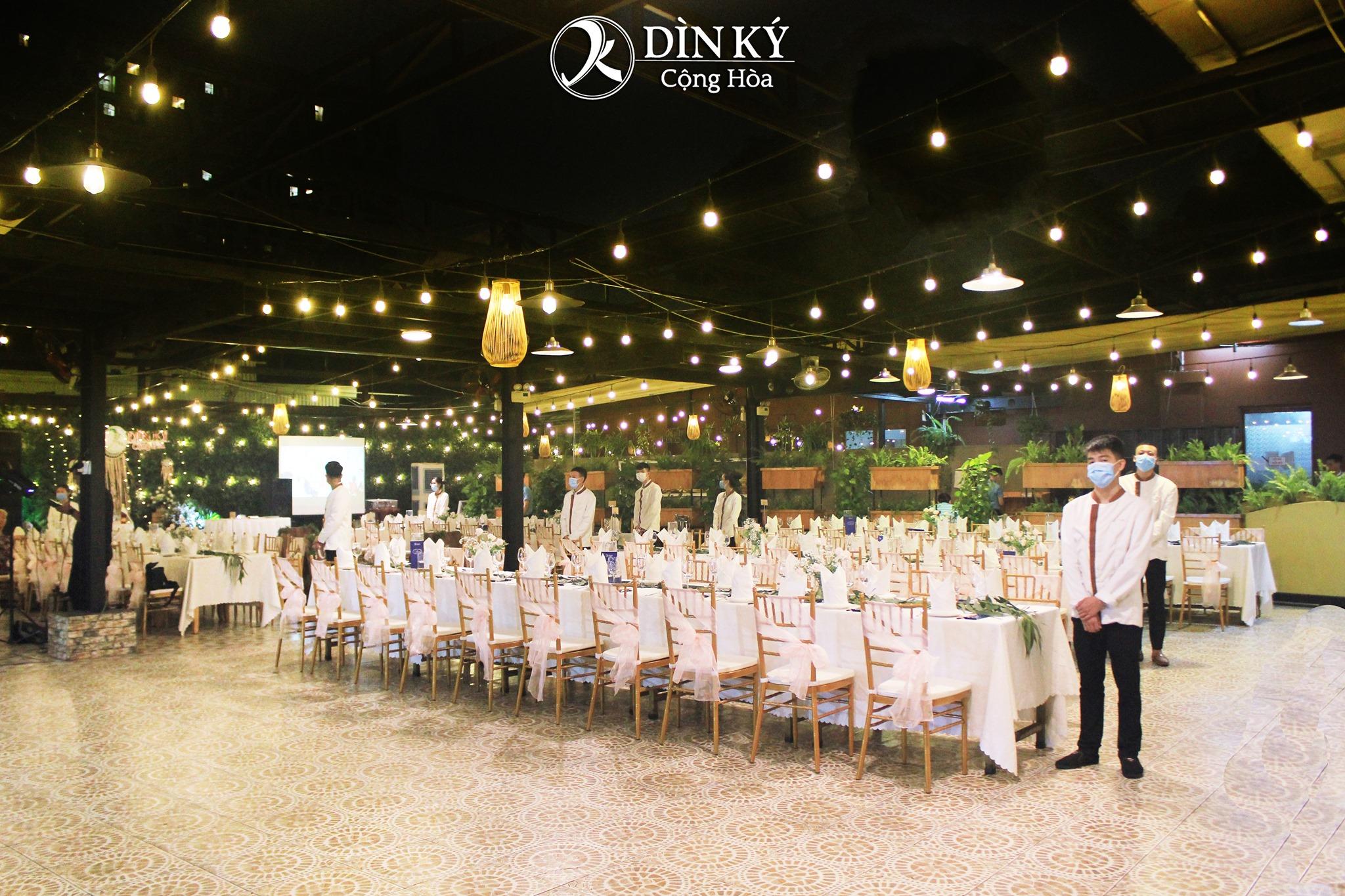 Nhà hàng Dìn Ký Cộng Hòa Tân Bình