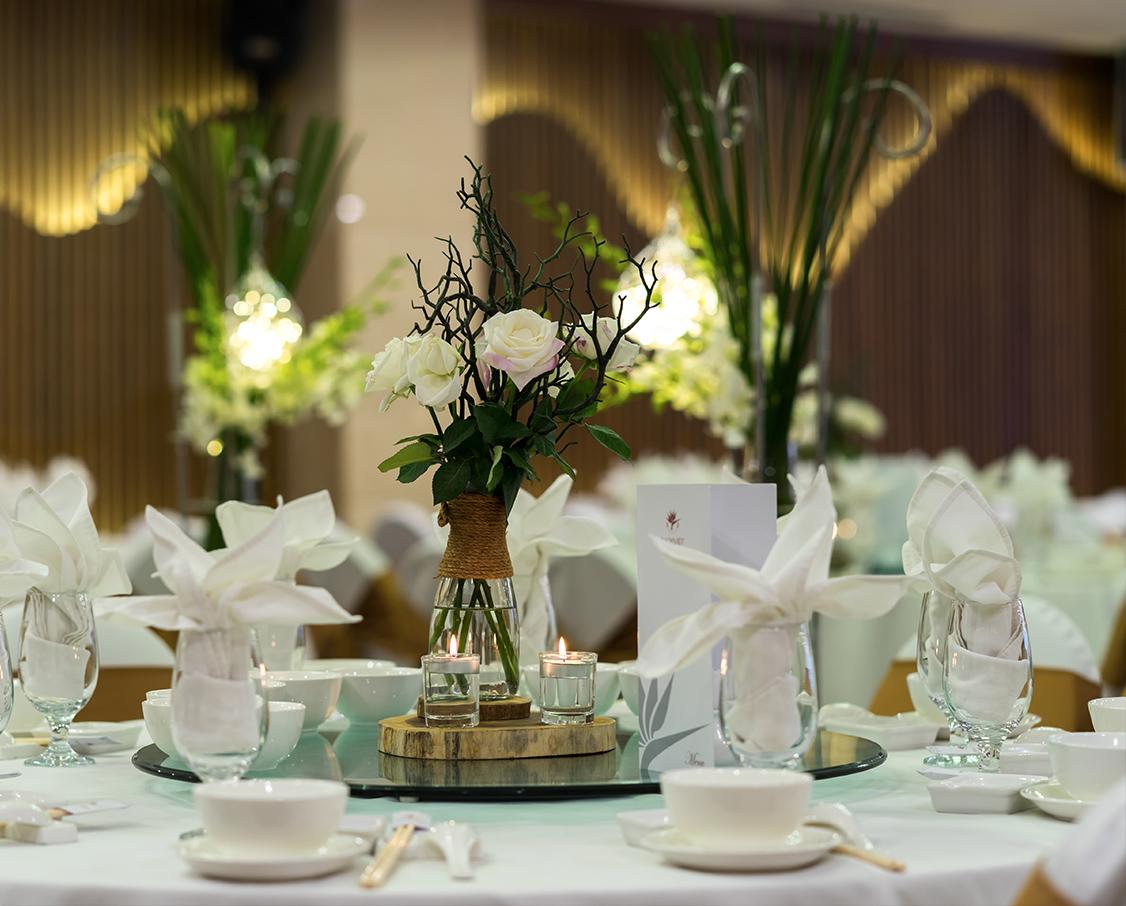 nhà hàng tiệc cưới Bách Việt quận 1