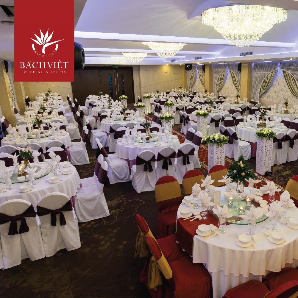 sảnh tiệc cưới đẹp nhà hàng Bách Việt