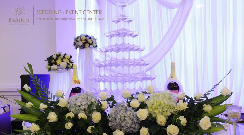 Trang trí tiệc cưới nhà hàng Bạch Kim
